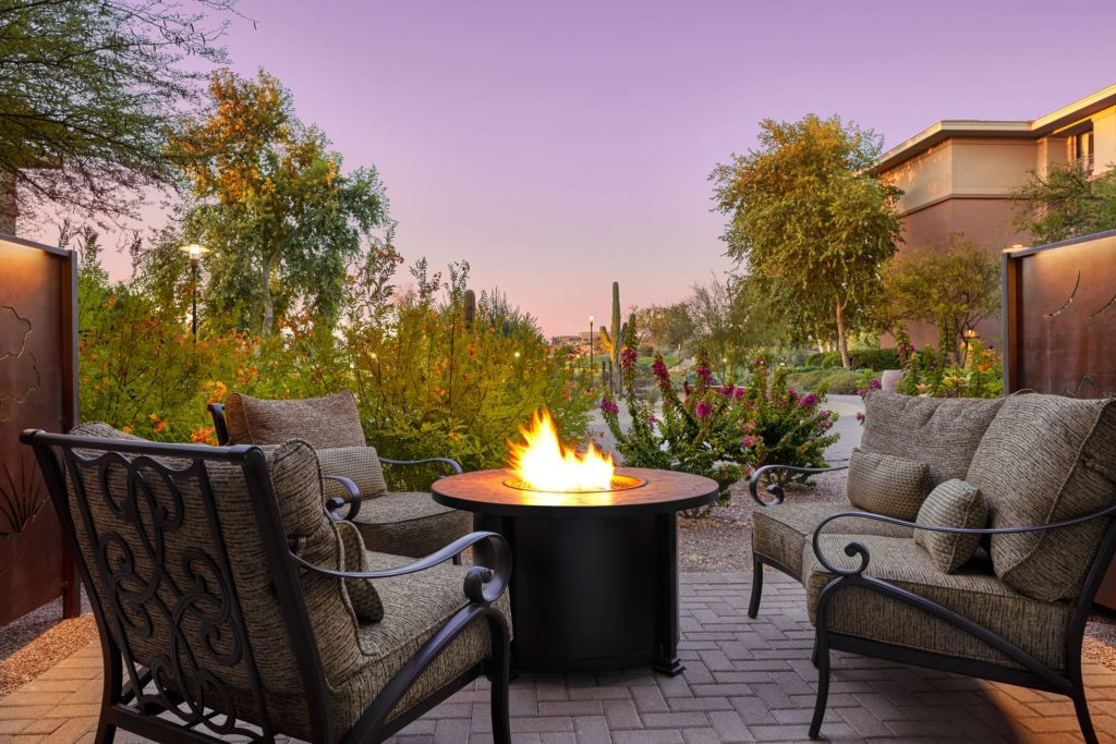 phxws-firepit-patio-4272-hor-clsc